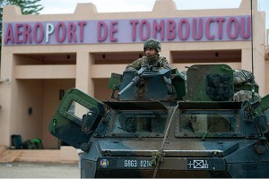 armee francaise serval tombouctou gao kidal adrar des ifoghas