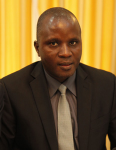 general moussa sinko coulibaly ministre administration territoriale cnrdre biographie cv