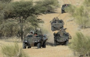 convoi blindes armee francaise operation serval