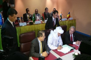 signature accord pourparles negociation document mnla azawad rebelle