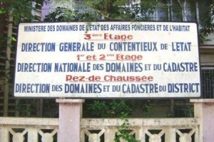Siege direction nationale cadastre impots douanes